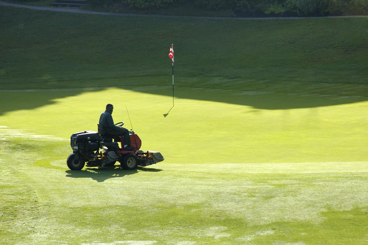 golf-course-maintenance_2_ameriturf
